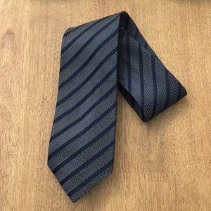 NEW Banana Republic Men's Stripe Print Silk Tie